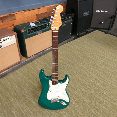 Used Fender Deluxe Stratocaster 1998 Trans Teal w/OHSC