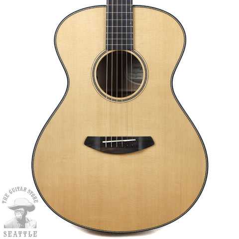 Breedlove Oregon Concert Myrtlewood Sitka Spruce Natural Acoustic Guitar