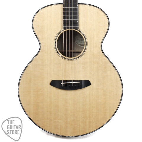 Breedlove Oregon Auditorium Myrtlewood Acoustic Guitar