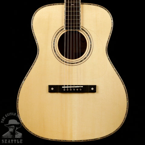 Maestro OM-CO Traditional Series Cocobolo Adirondack Spruce Natural Acoustic Guitar