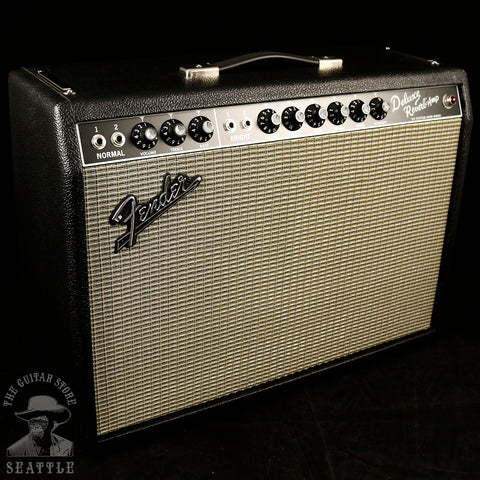 Fender '64 Custom Deluxe Reverb Guitar Combo Amplifier