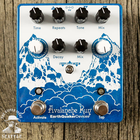 EarthQuaker Devices Avalanche Run V2 Stereo Delay & Reverb Effects Pedal