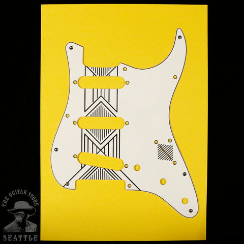 Decoboom Broken Arrow Stratocaster Pickguard WBW