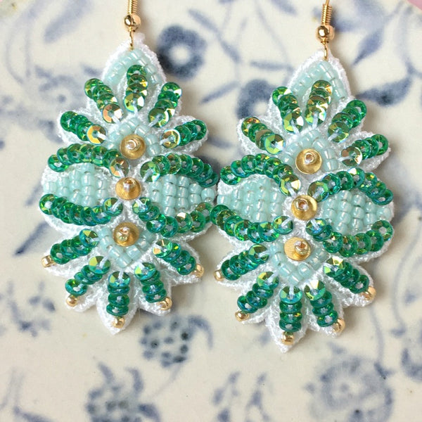 AYADA Leaf Embroidery Jewelry Earrings in Emerald Green