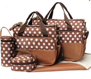 Winslow 5-Piece Multi-Functional Diaper Bag Set by Baby in Motion