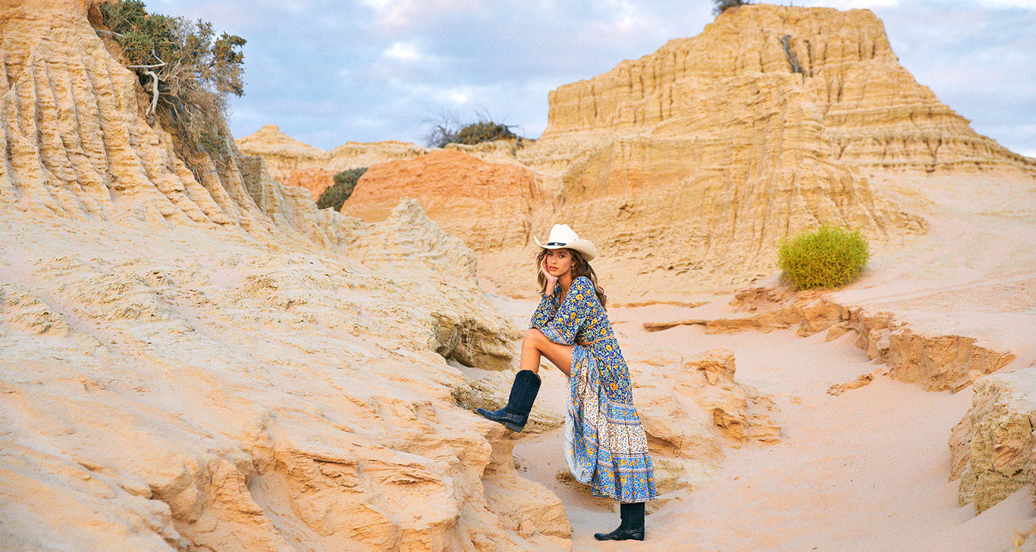 Shooting our sustainable fashion campaign Nomada at the World Heritage Mungo National Park