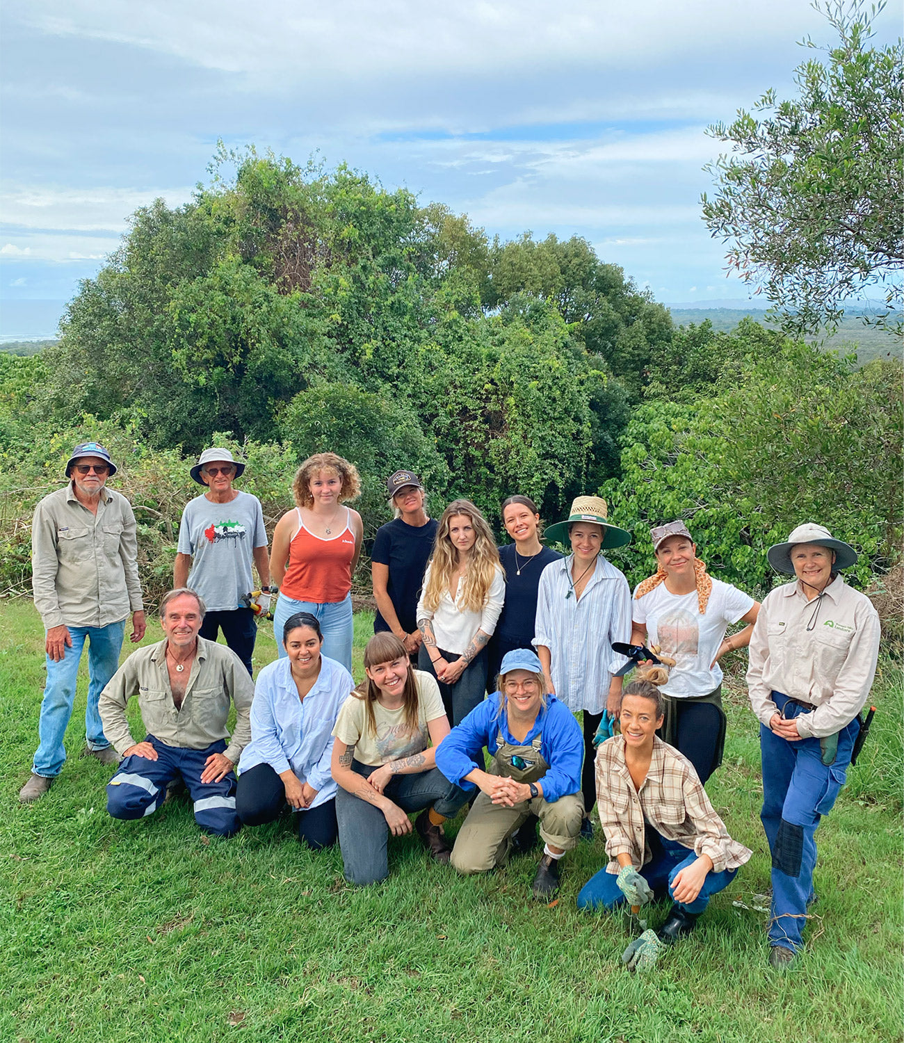 Arnhem Volunteers with Landcare for World Environment Day