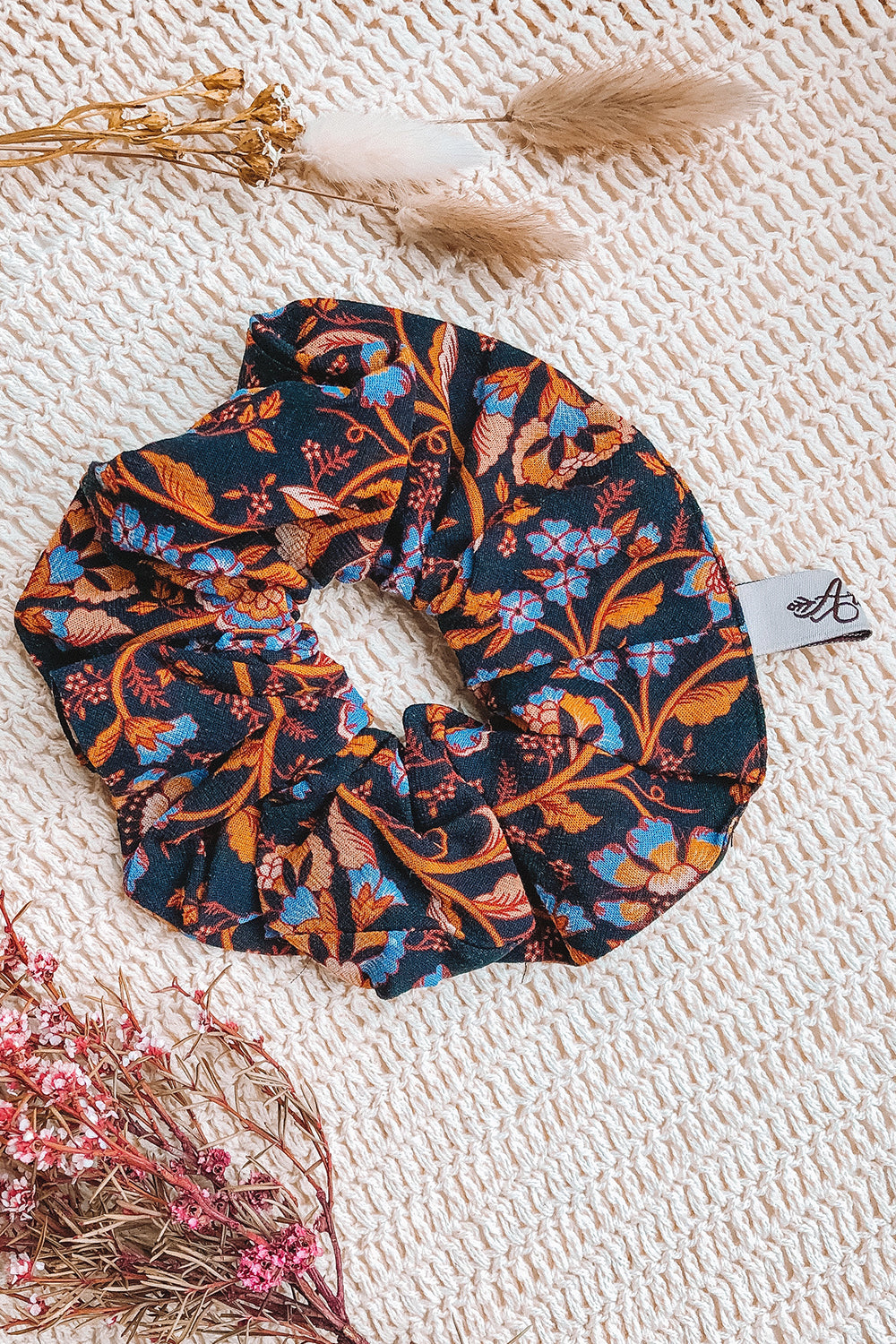 Daisy Chain Revive Scrunchie Amber