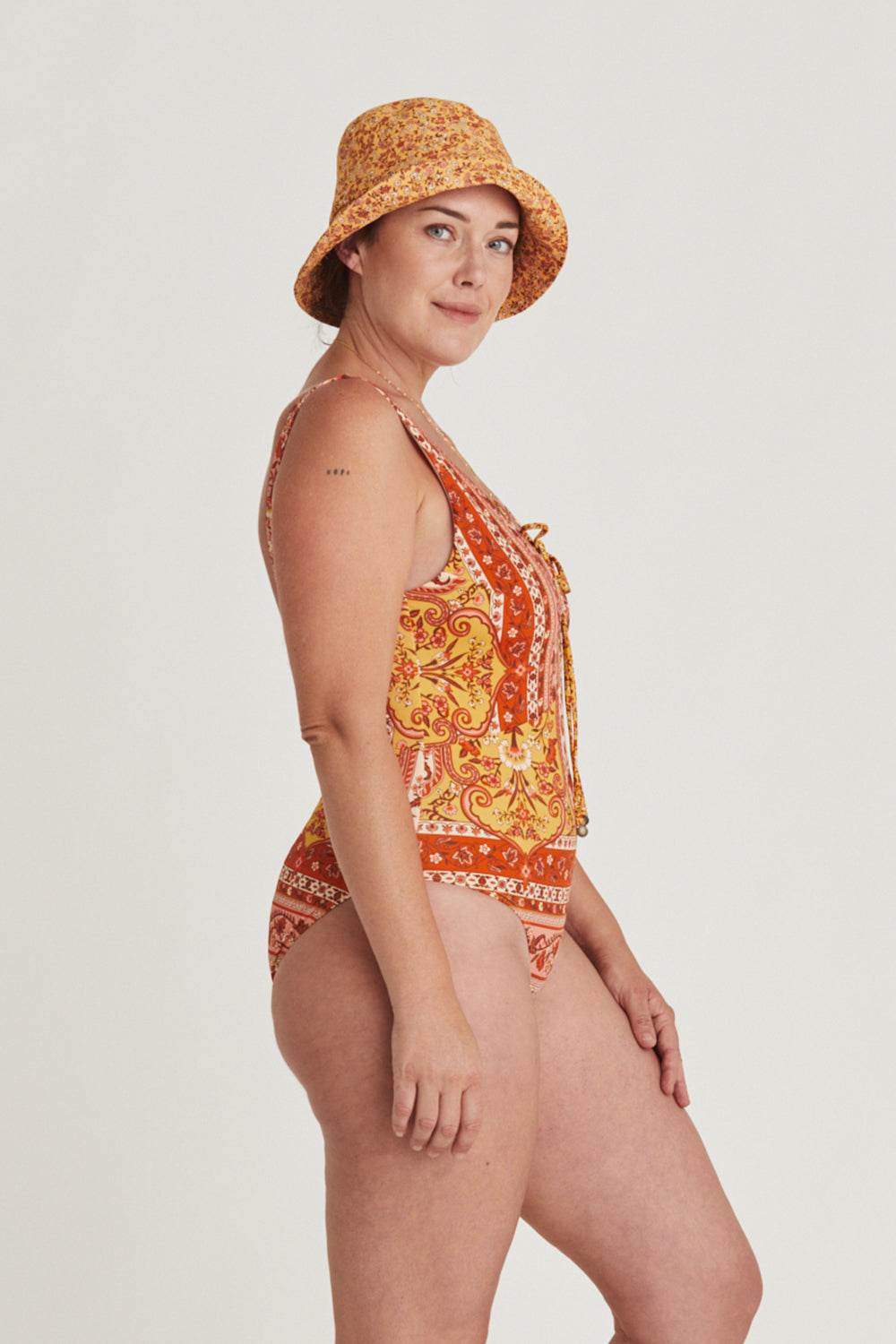 Island One Piece in Mimosa