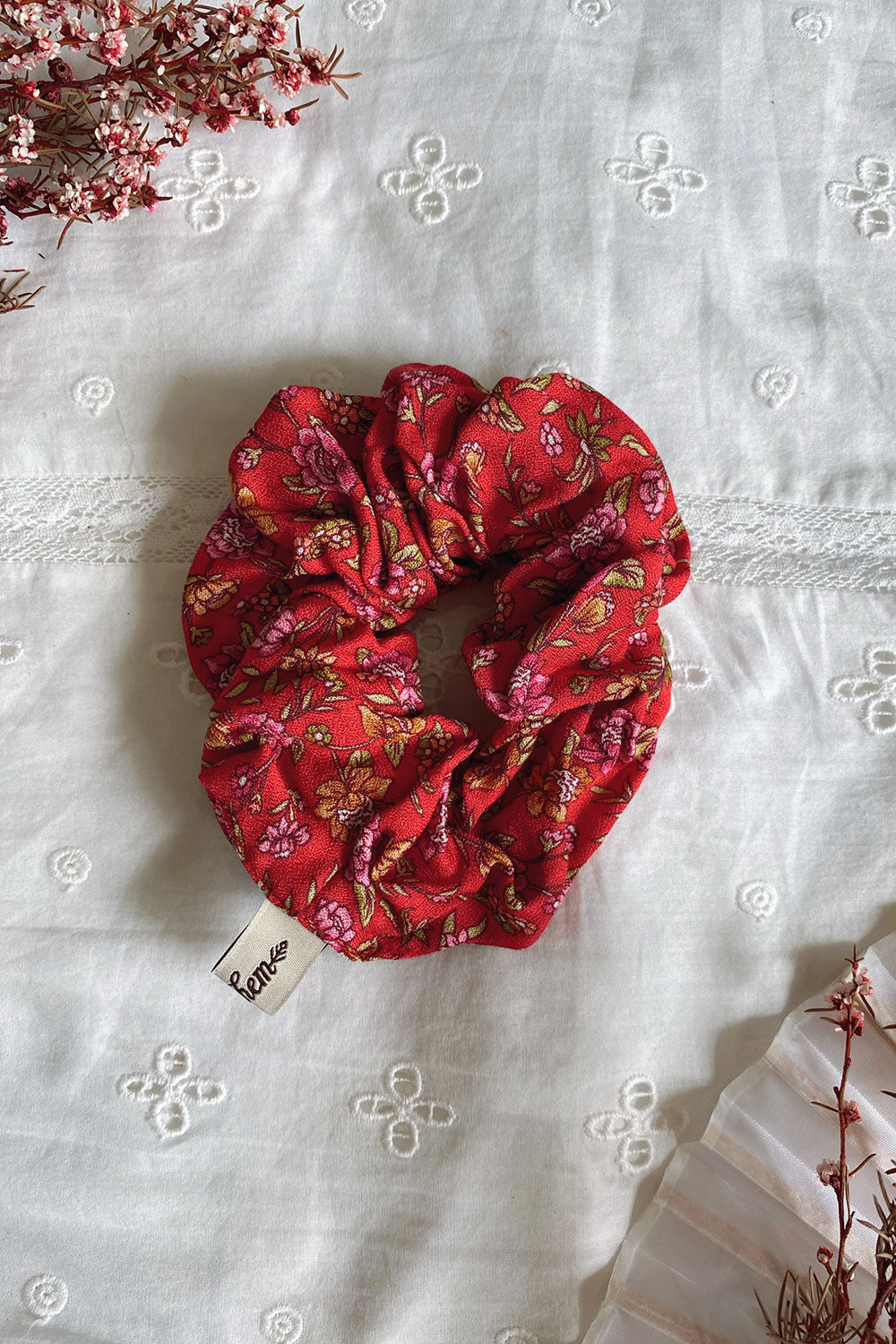 Jasmine Revive Scrunchie in Campari