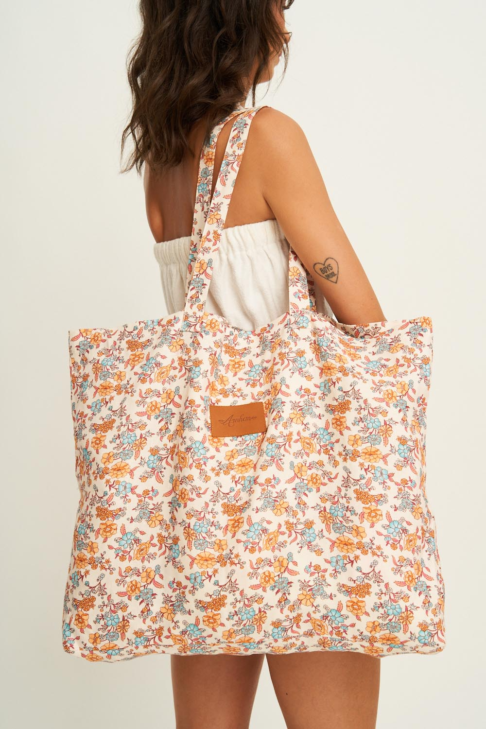 Honey Tote in Coconut Cream