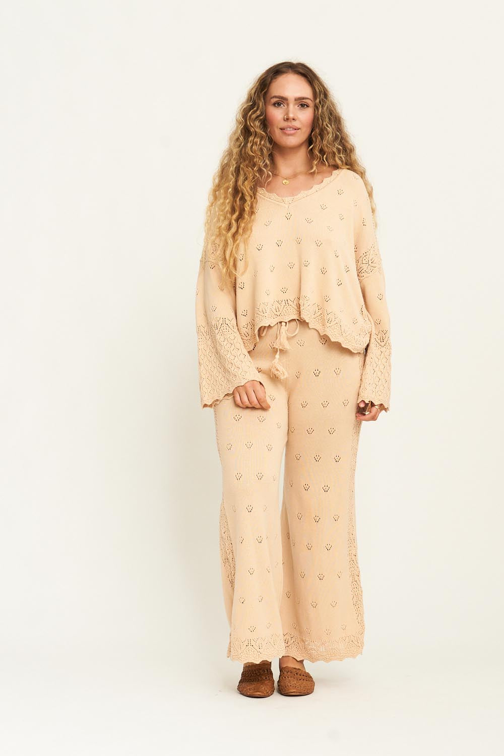 Bella Knitted Pants in Chai