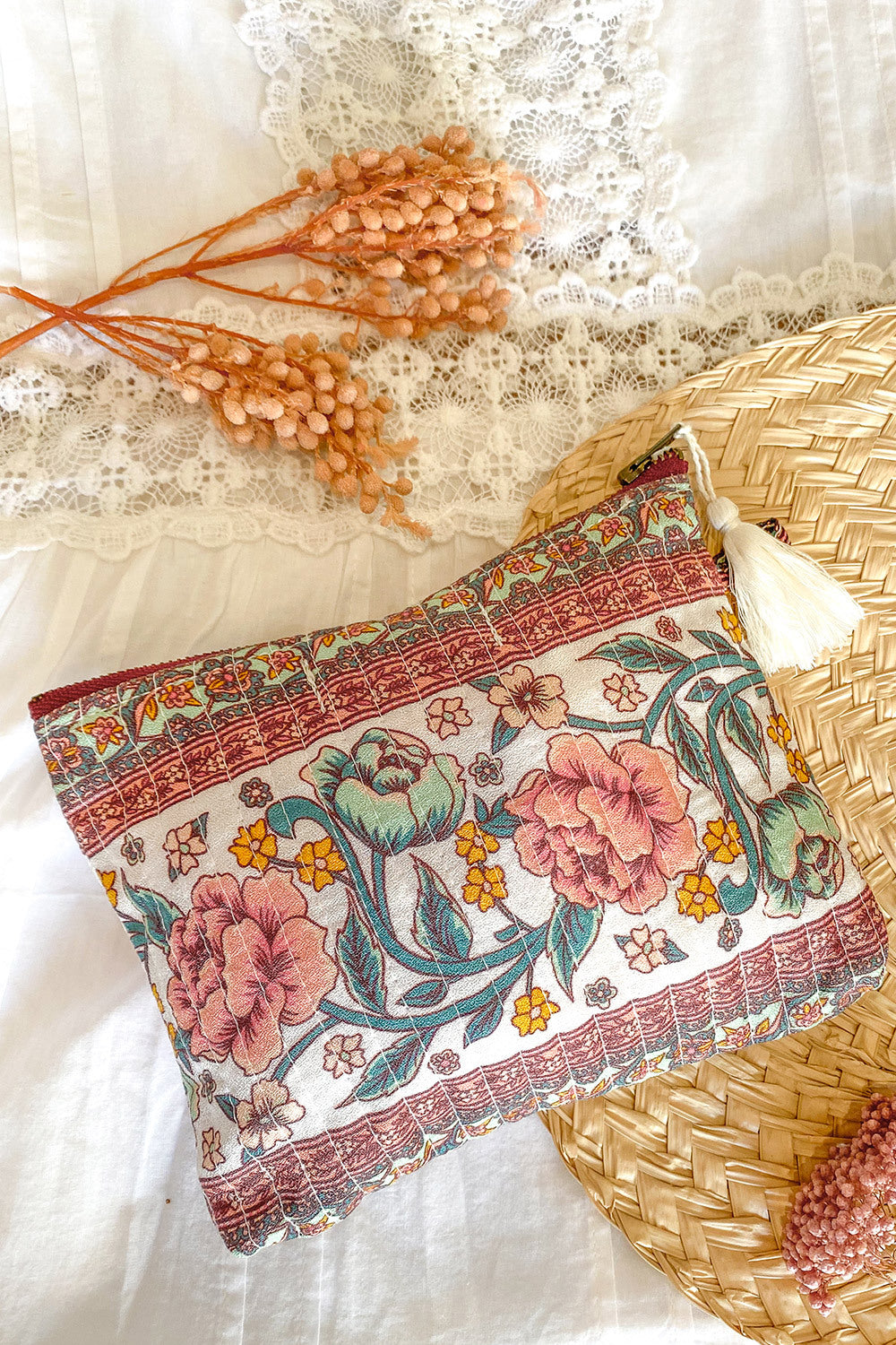 Juliette Revive Pouch in Ivory Rose