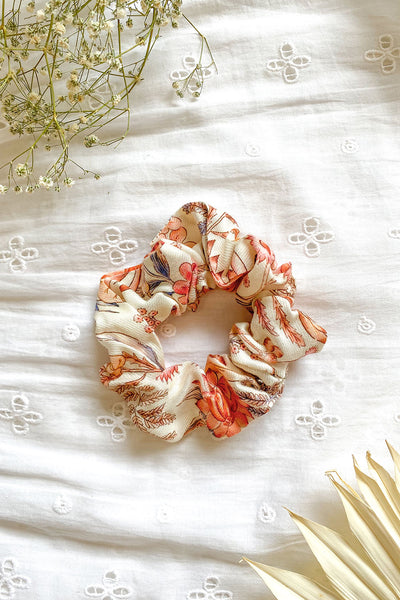 Acacia Revive Scrunchie in Quartz
