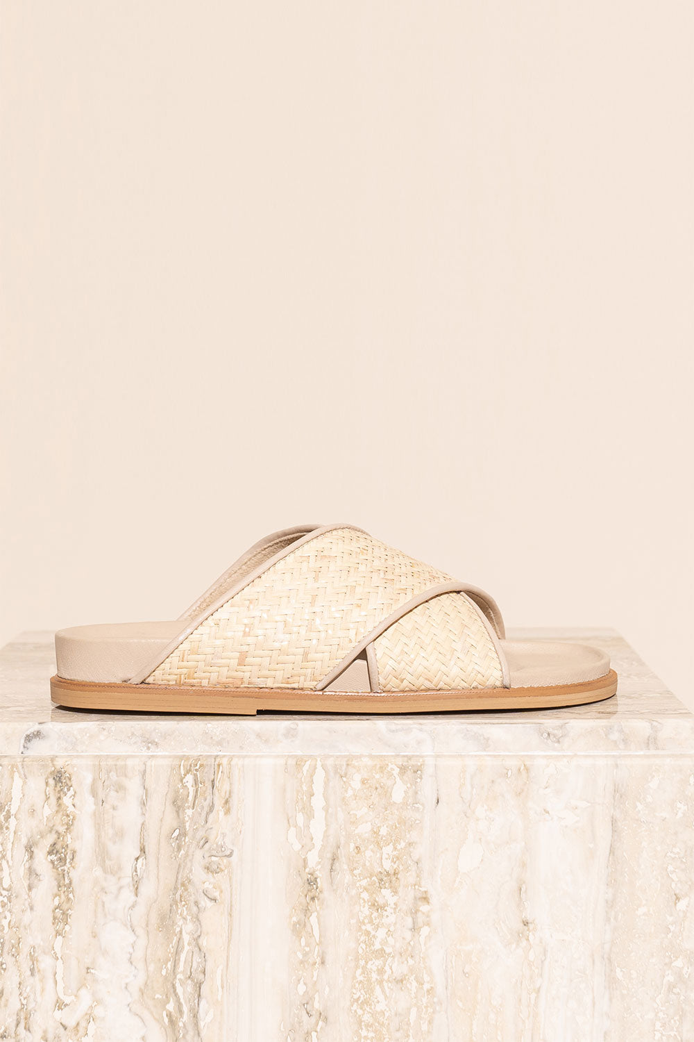 James Smith La Sponda Slide in Woven