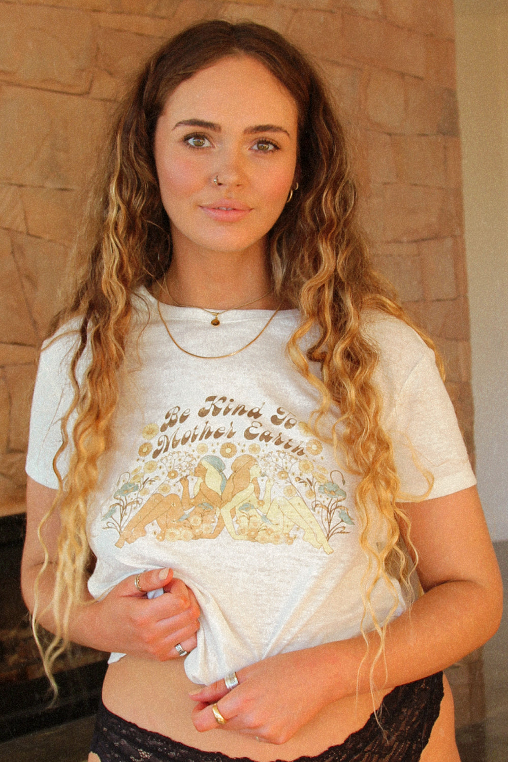 Mother Earth Tee in Natural
