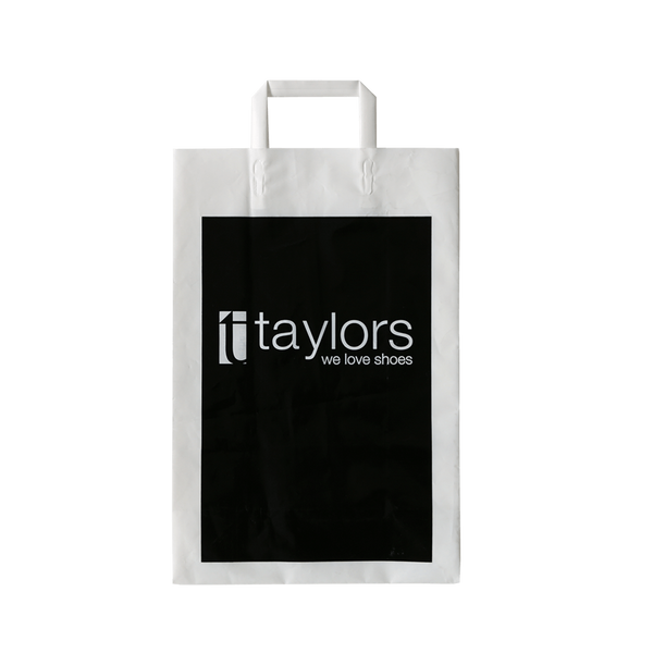 PLASTIC CARRY BAG WITH TRI-FOLD HANDLES