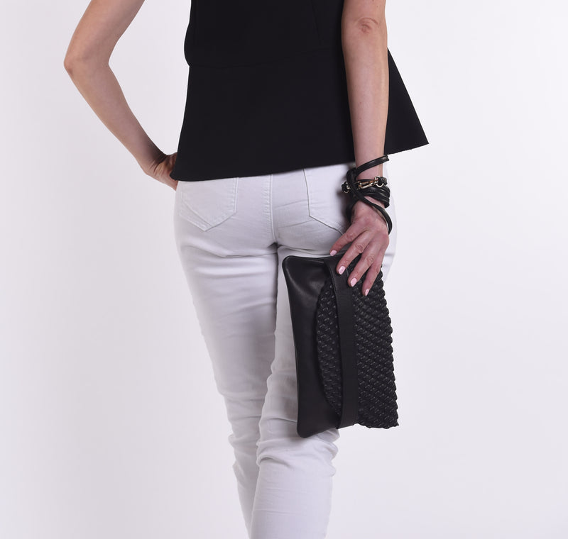 Burbujas Leather Clutch