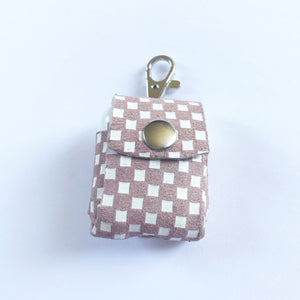 Checkered AirpPod Case