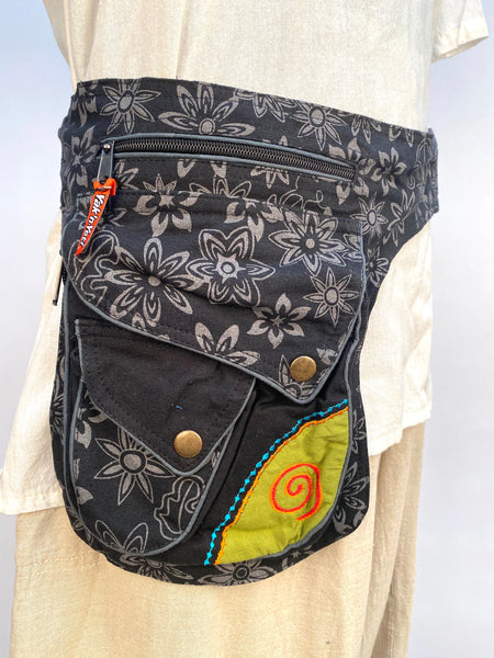 Cotton hip bag embroidered