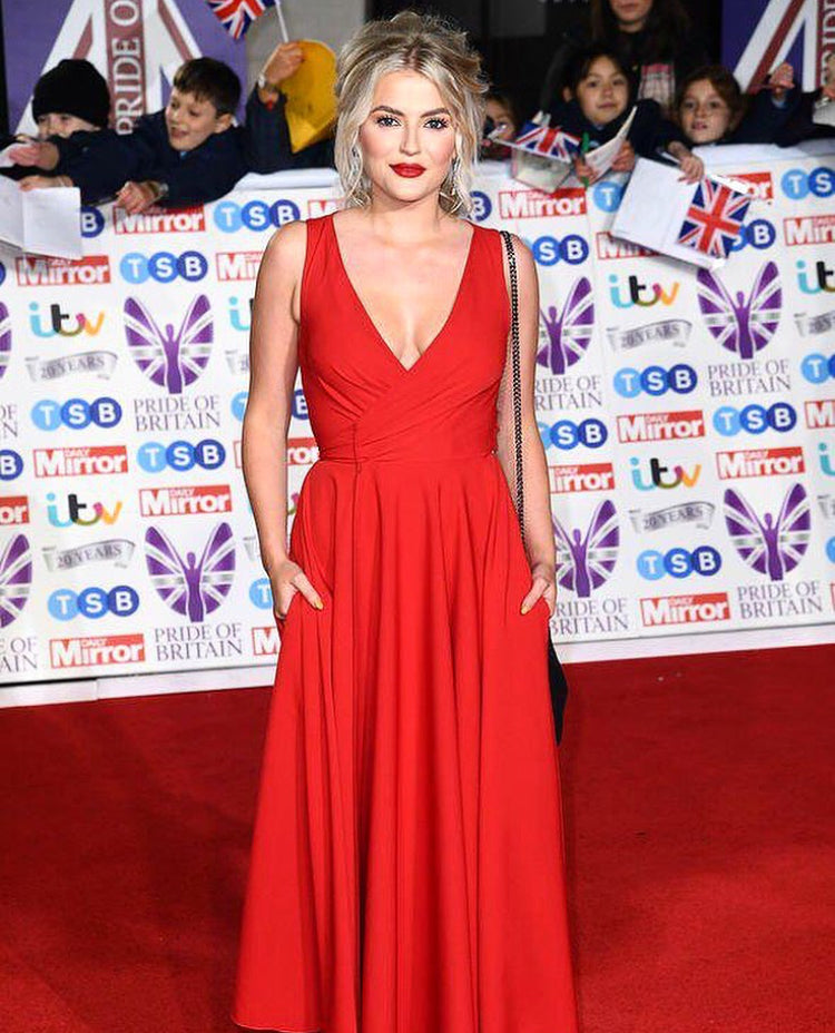 Lucy Fallon wear James Steward at the Pride of Britain 2019