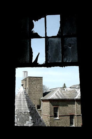 James Steward inspiration 2016 - View through a smashed window