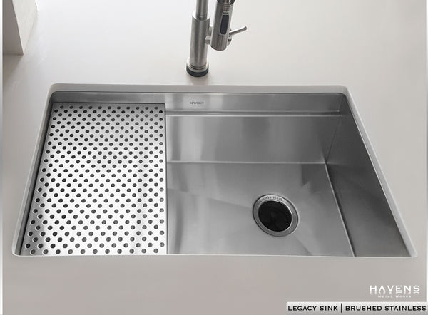 Stainless undermount Legacy sink installed in kitchen by Havens.