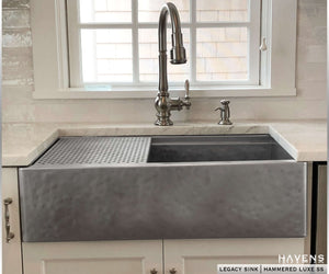 Legacy Farmhouse Sink - Luxe Hammered