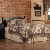 Star Patch Black King 5 Piece Quilt Set