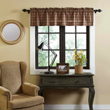 32_40492_Crosswoods_Valance_16x60_Lifestyle1.jpg
