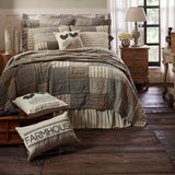 10_38035_SawyerMill_KingQuilt_Lifestyle3.jpg