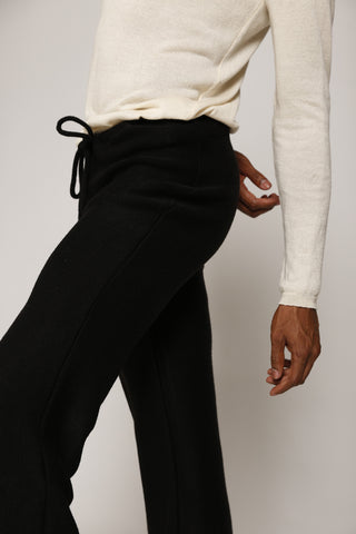 Casual Cut Drawstring Pant