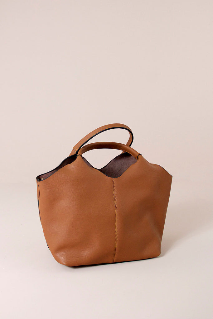 Judy leather bag tan