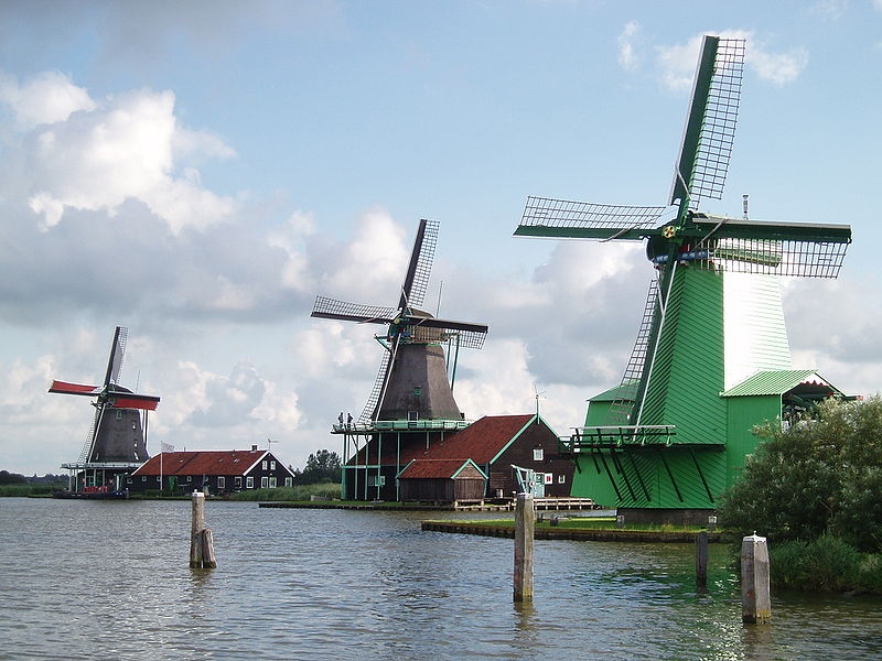 Whats the Function of Dutch Windmillls?