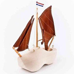 wooden shoe boat