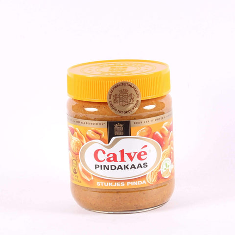 Calvé Pindakaas with Peanutpieces, Dutch Peanutbutter, Regular Jar