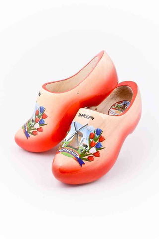 Wooden Shoes Marken Red Plain