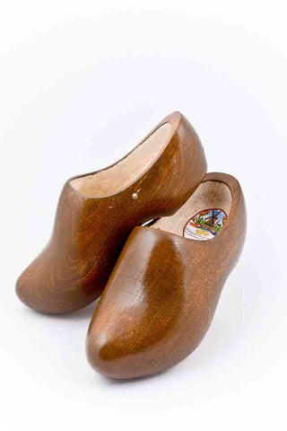Wooden Shoes Oak Brown