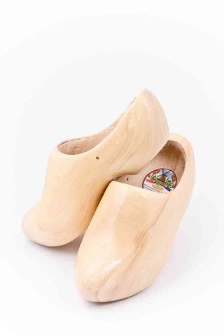 Wooden Shoes Varnished Plain