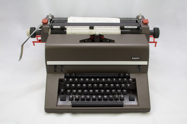 NEW (NOS) Facit 1740 Desktop-Sized Typewriter