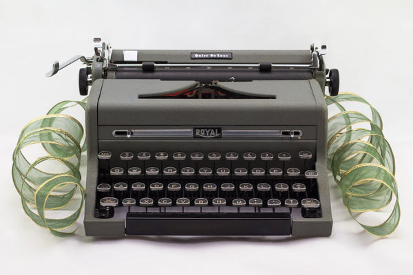 Refurbished Royal Quiet Deluxe Portable Typewriter (Gray)