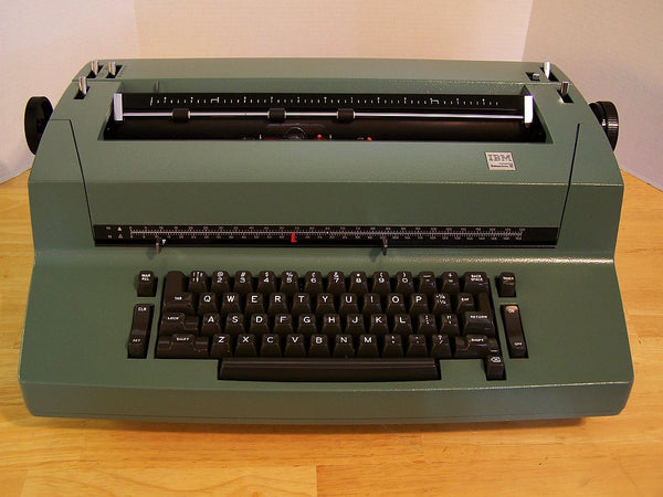 *Refurbished IBM Selectric II Typewriter with Warranty in Willow Green