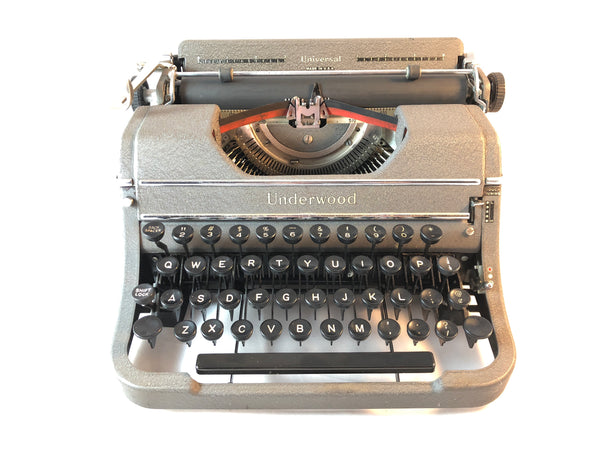 *Refurbished Underwood Universal Vintage Typewriter - Gray