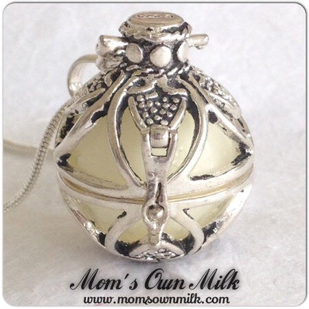 43 mm x 21 mm Design C  - Large Locket Single Inclusion (PSP) - Mom's Own Milk