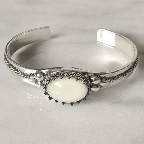 Cuff Bracelet with 13 mm x 18 mm Oval Setting (SSC) - Mom's Own Milk