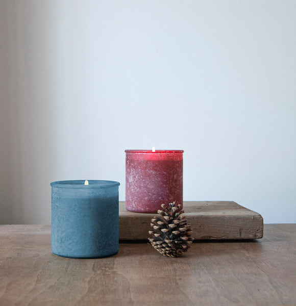 Holiday Drama River Rock Candle in Red