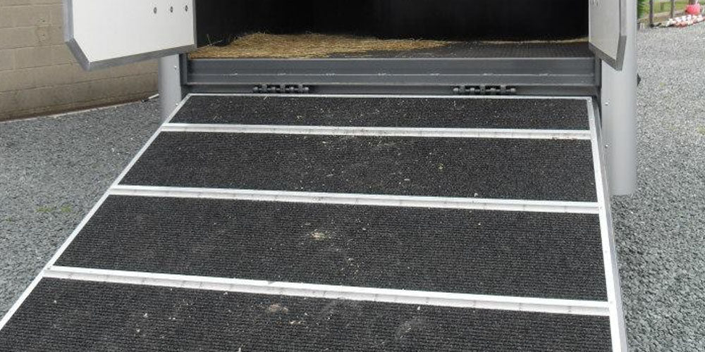 Horsebox ramp