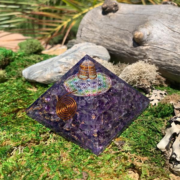 Amethyst Flower Of Life Orgonite Pyramid