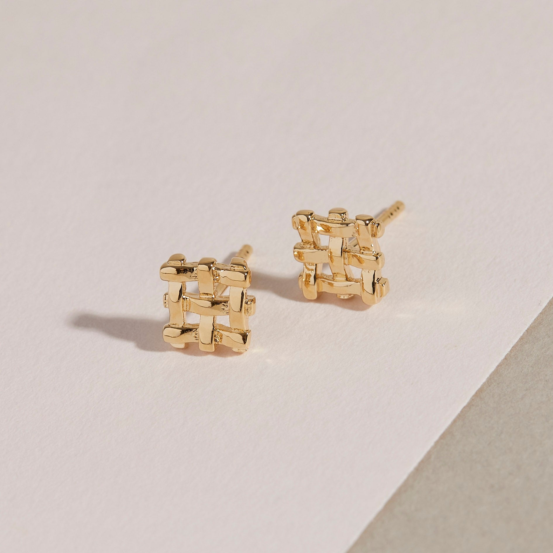 Crosshatch Studs