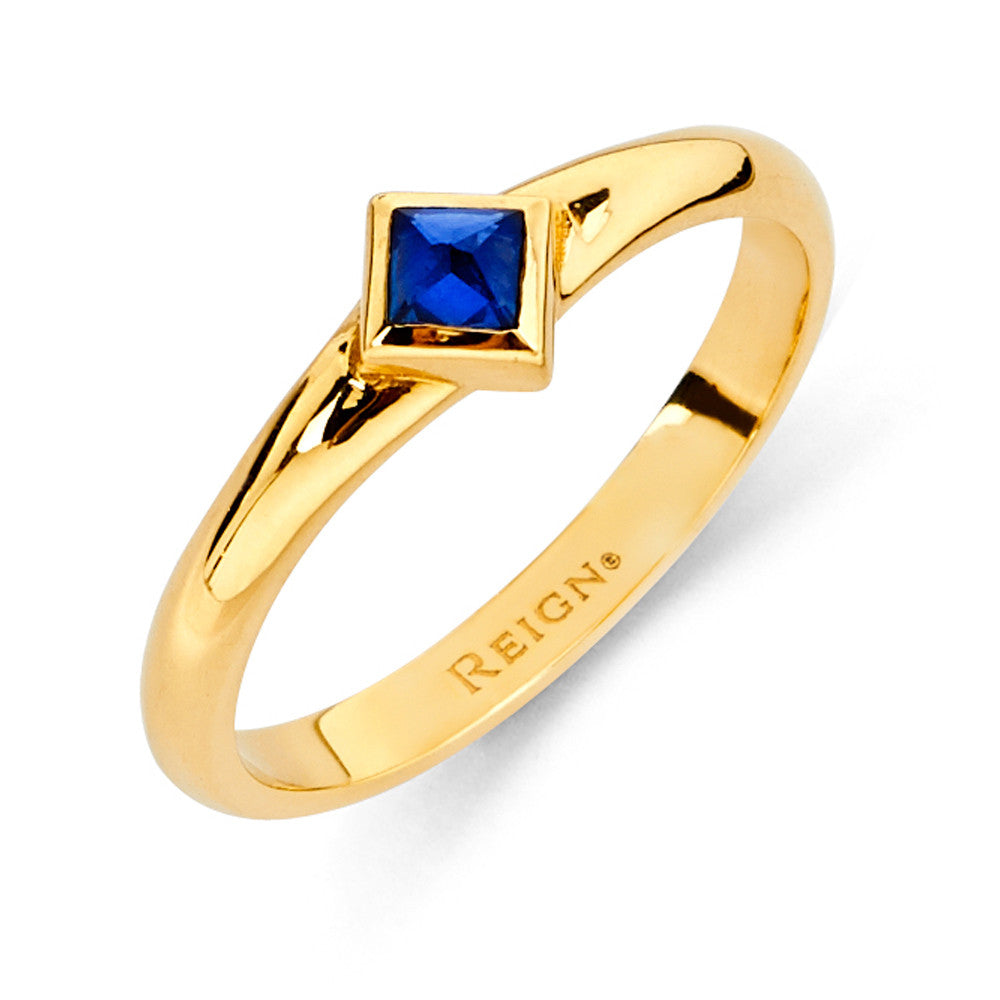 Reign Solitaire Band in Yellow Gold